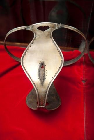 iStock_000017120141Small - chastity belt